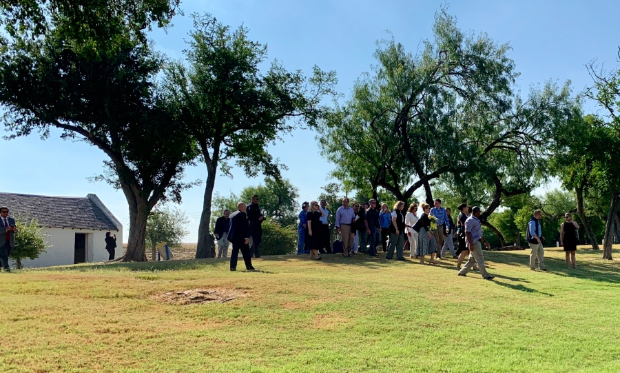 Pelosi urges tolerance following tour of South Texas migrant