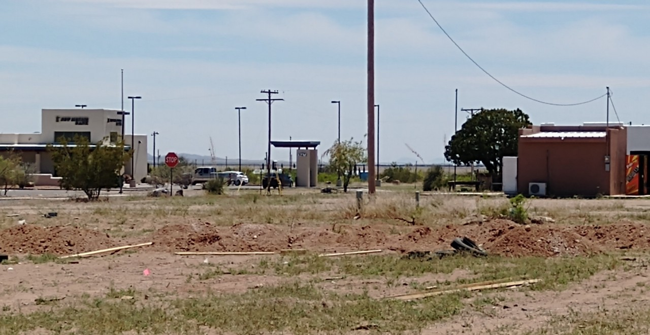 Contractor tears down camp for border wall workers after protests