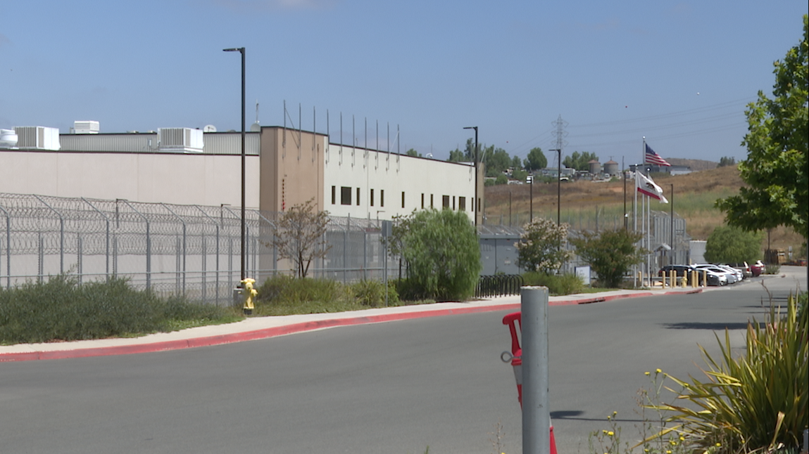 ICE allegedly prevents detainees from calling certain California numbers for help